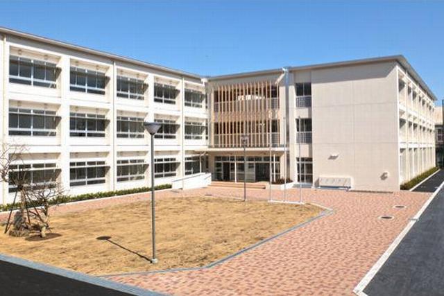 コクリコ坂 舞台 高校 場所 建物 横浜