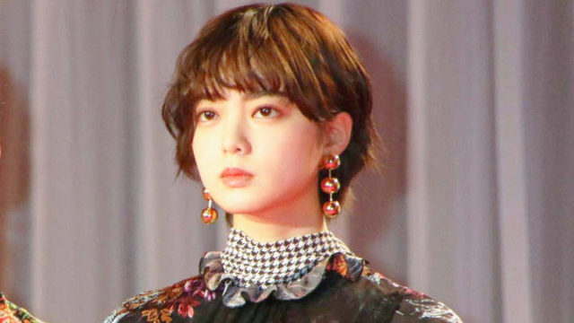平手友梨奈 最新 髪型 やり方 ショート アイロン セット ヘアカラー